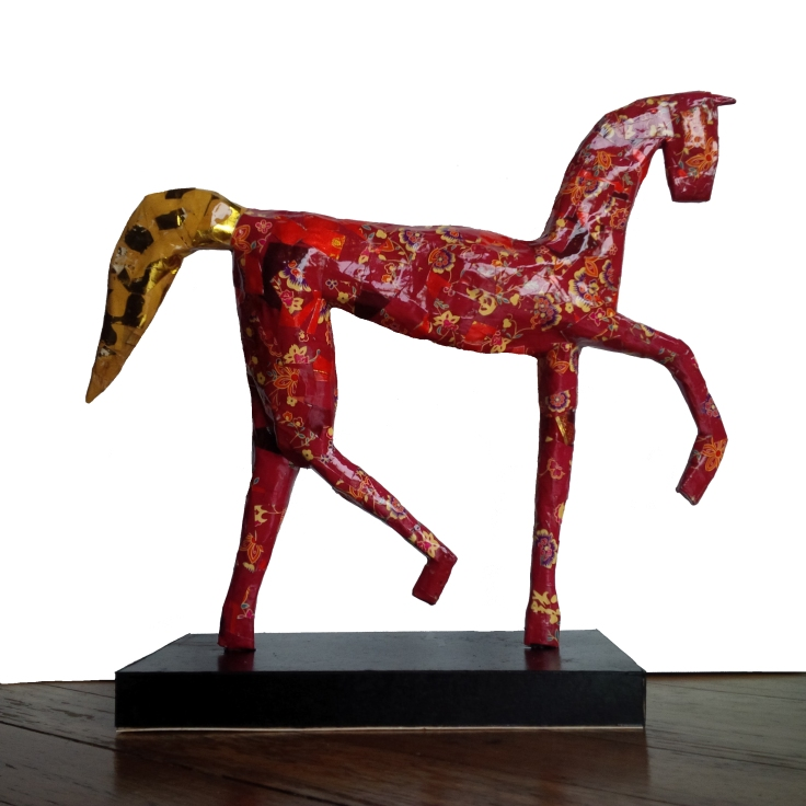 Papier-mâché horse finished